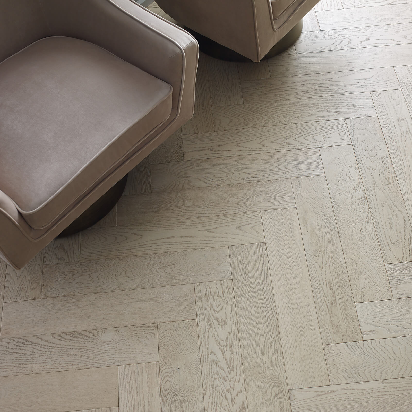 Fifth avenue oak flooring | McSwain Carpet & Floors