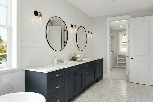 master bathroom in new home | McSwain Carpet & Floors
